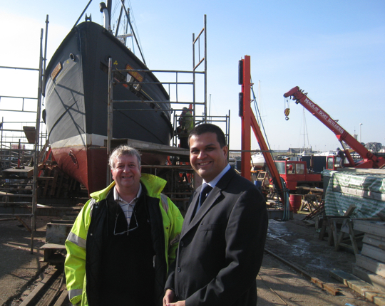 Sanjay with Harry Simpson at Mackay Boat Builders